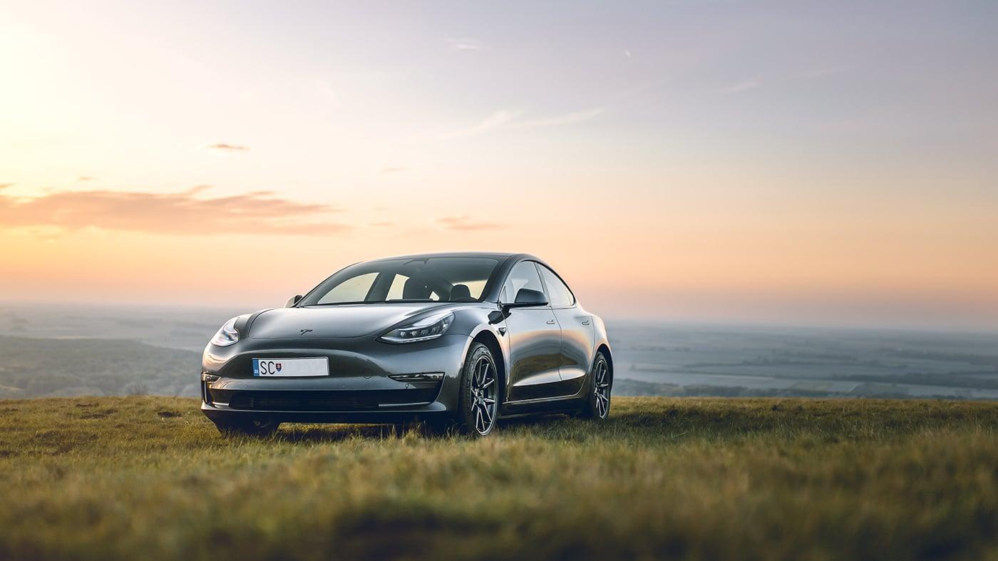 Tesla Model 3 Performance mieten